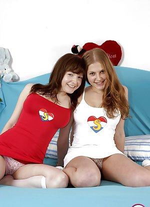 Lesbian Pussy Pics