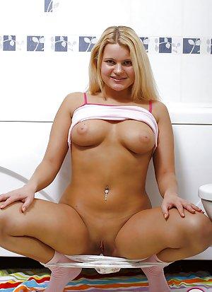 Big Tits and Pussy Pics