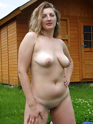 Mature Pussy Photos At Horny Young Pussy